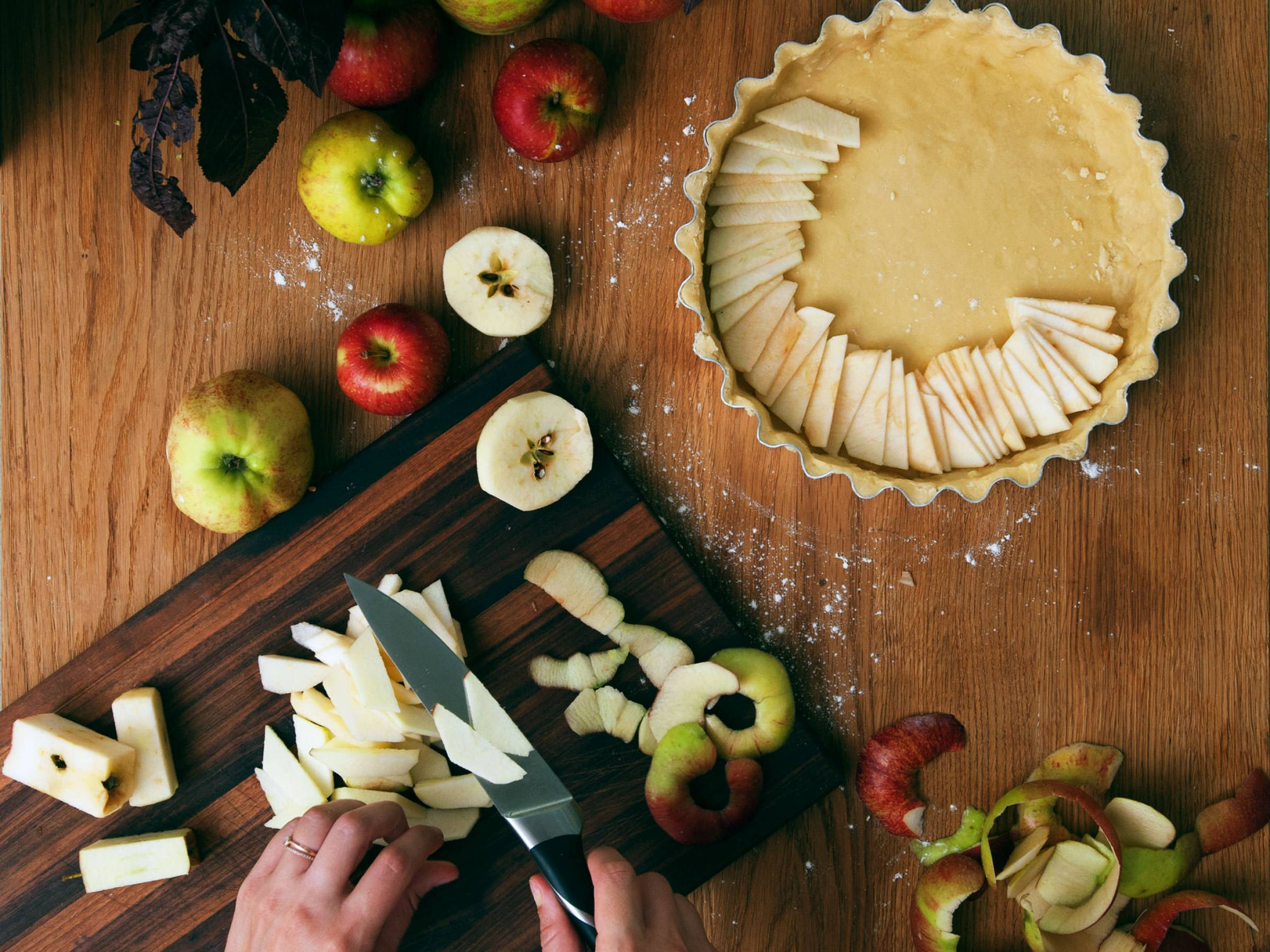 5 Sweet and Savory Ways to Eat Apples