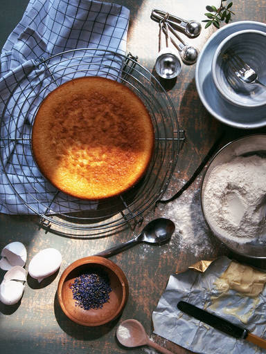 Essential Tools for Cake Making