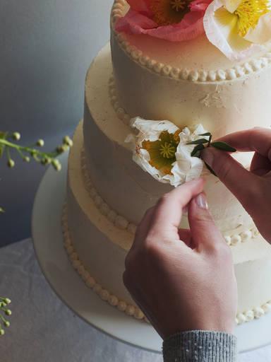 简单优雅的蛋糕装饰