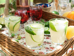 6 Refreshing Summer Drinks