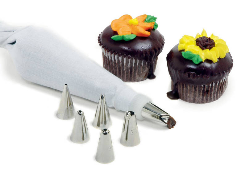 Piping Bag and Tips