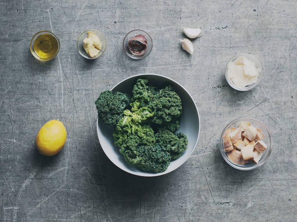 Grünkohl Caesar Salad: