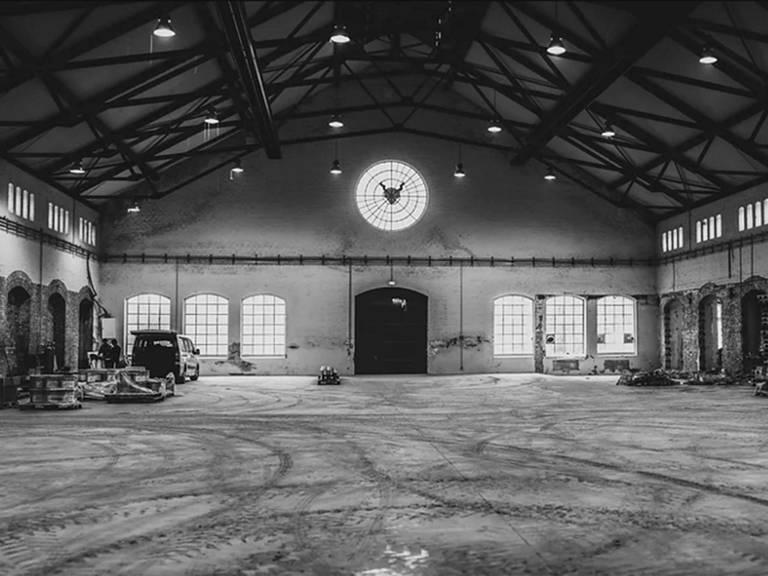 Das Innere der Brauerei, während der Renovierungsarbeiten.