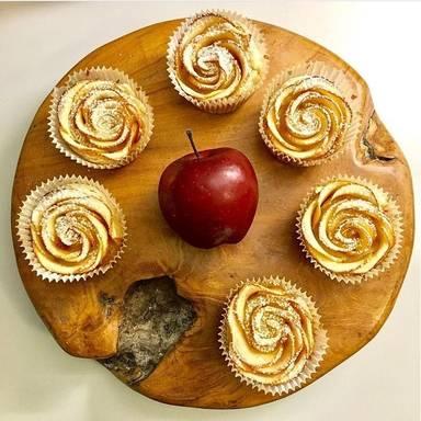玫瑰杯子蛋糕