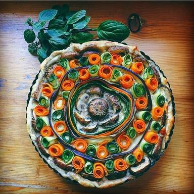 Vegetable spiral tart