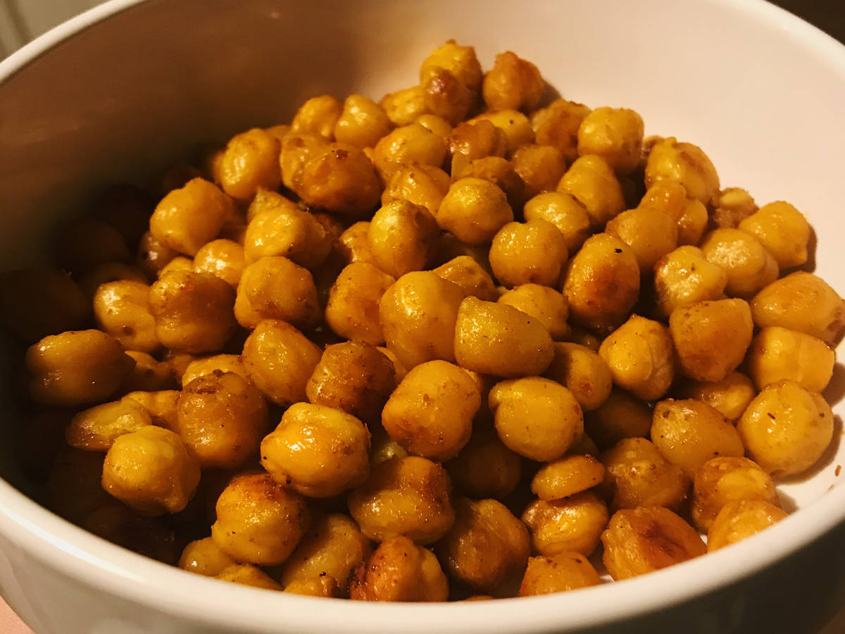 Ultra Delicious 7-Spice Roasted Chickpeas