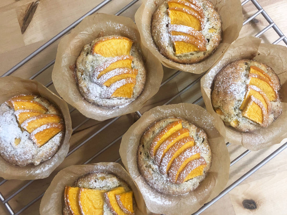 Almond and Blacktea Muffin with Peach