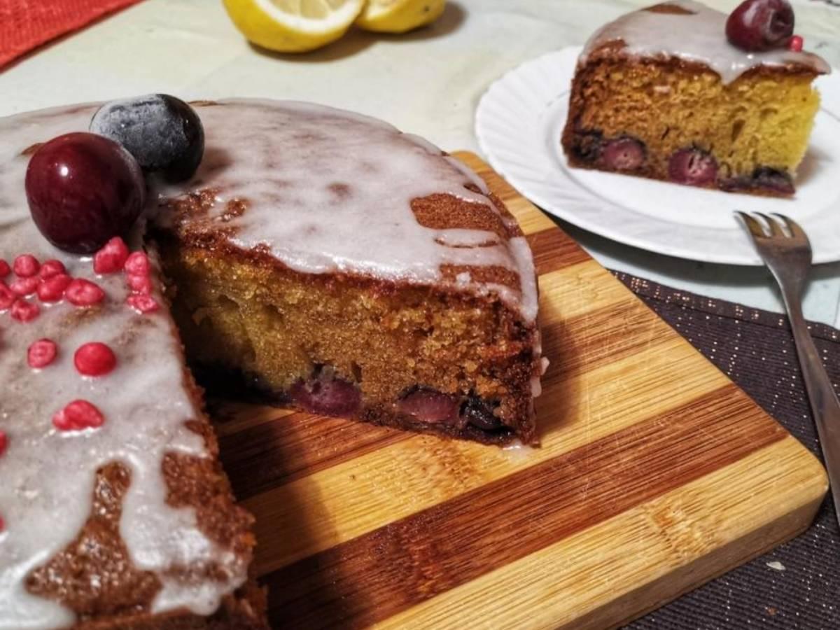 Cherry sponge cake.