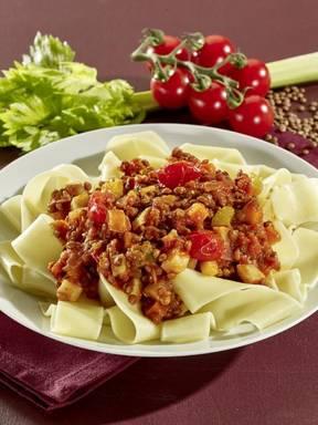 Linsen-Bolognese mit Sommergemüse (vegan)