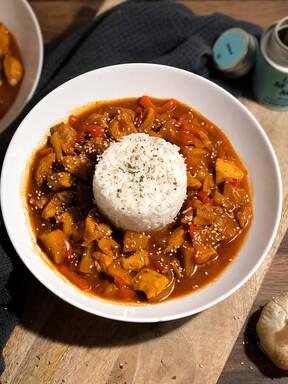 Chicken süß sauer auf Reis