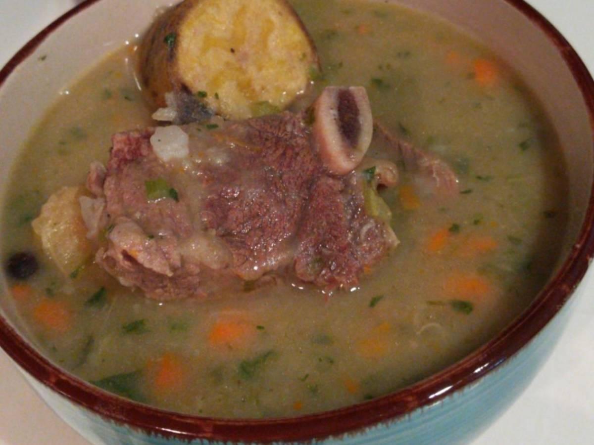 Caribbean beef ribs soup