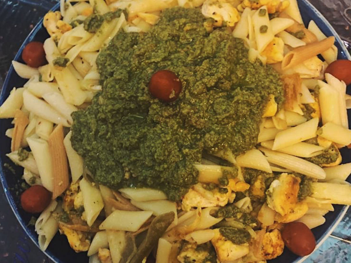 Pesto pasta with walnuts