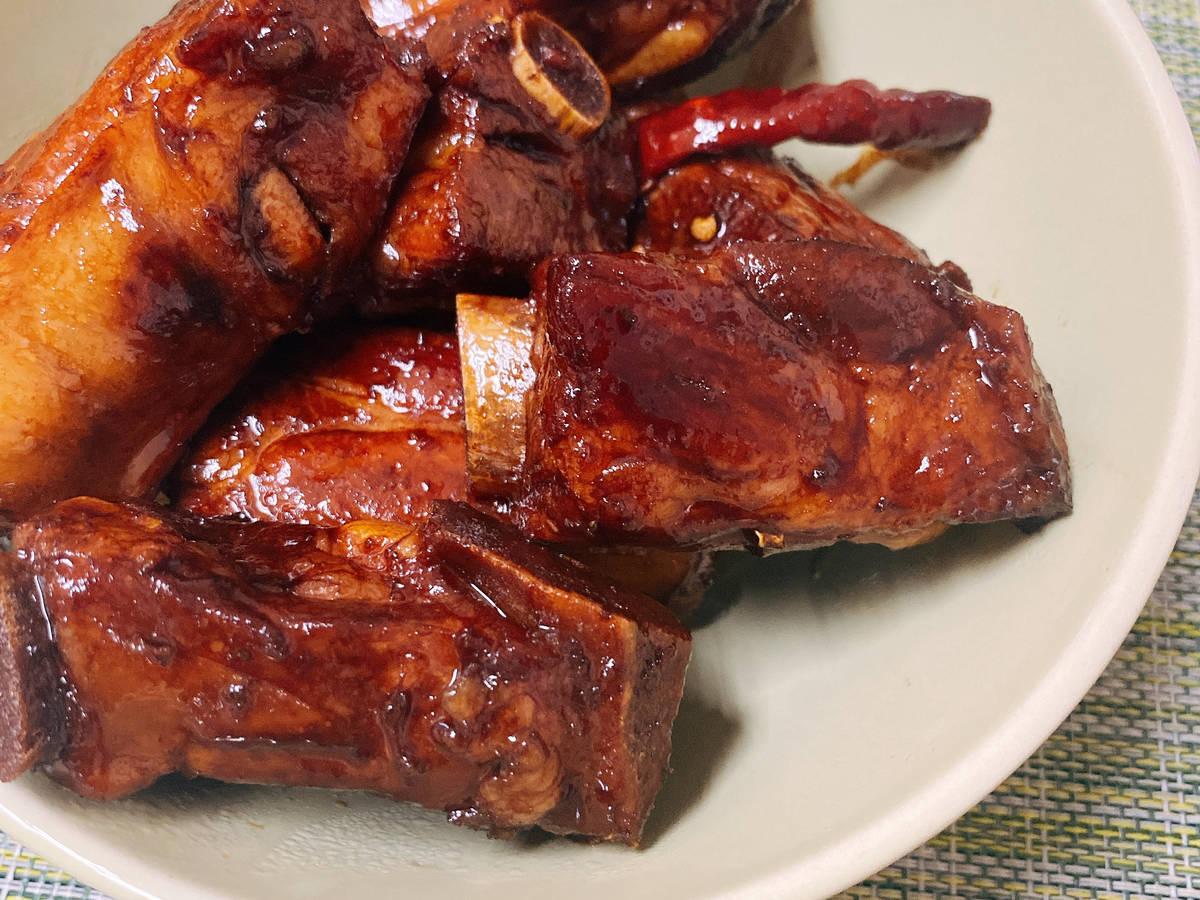 Chinese Braised Ribs 红烧排骨