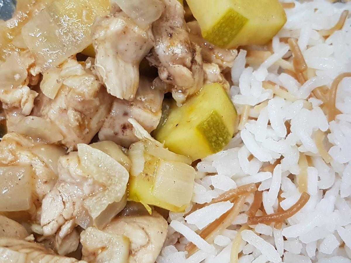 Chicken and Zucchini Stew