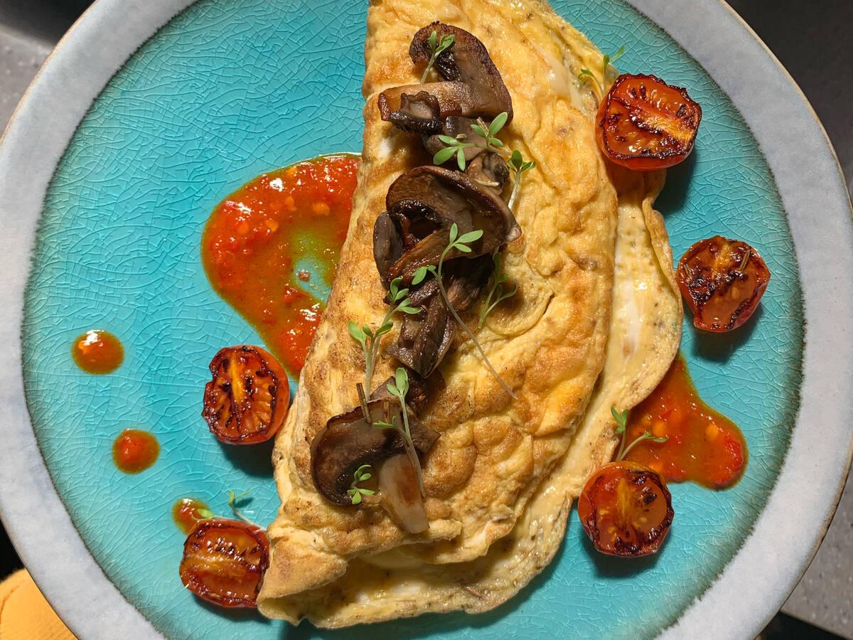 Mozzarella omelette