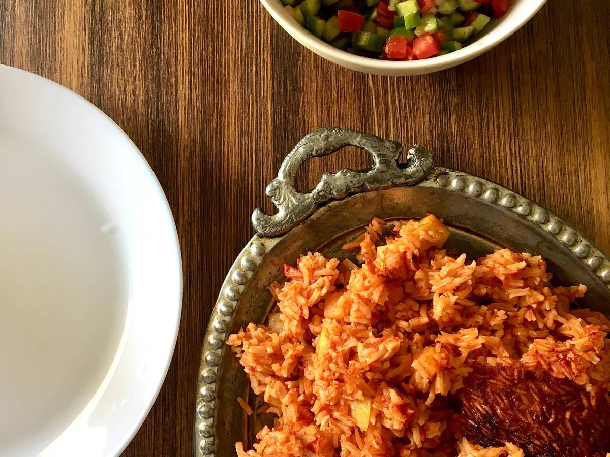 Dami Gowje with Shirazi Salad