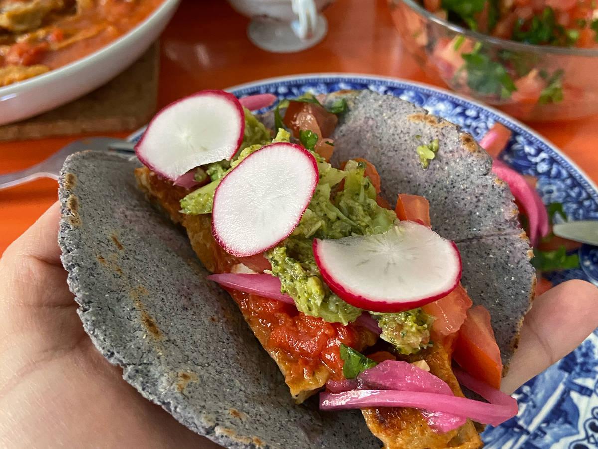 Vegan seitan tacos