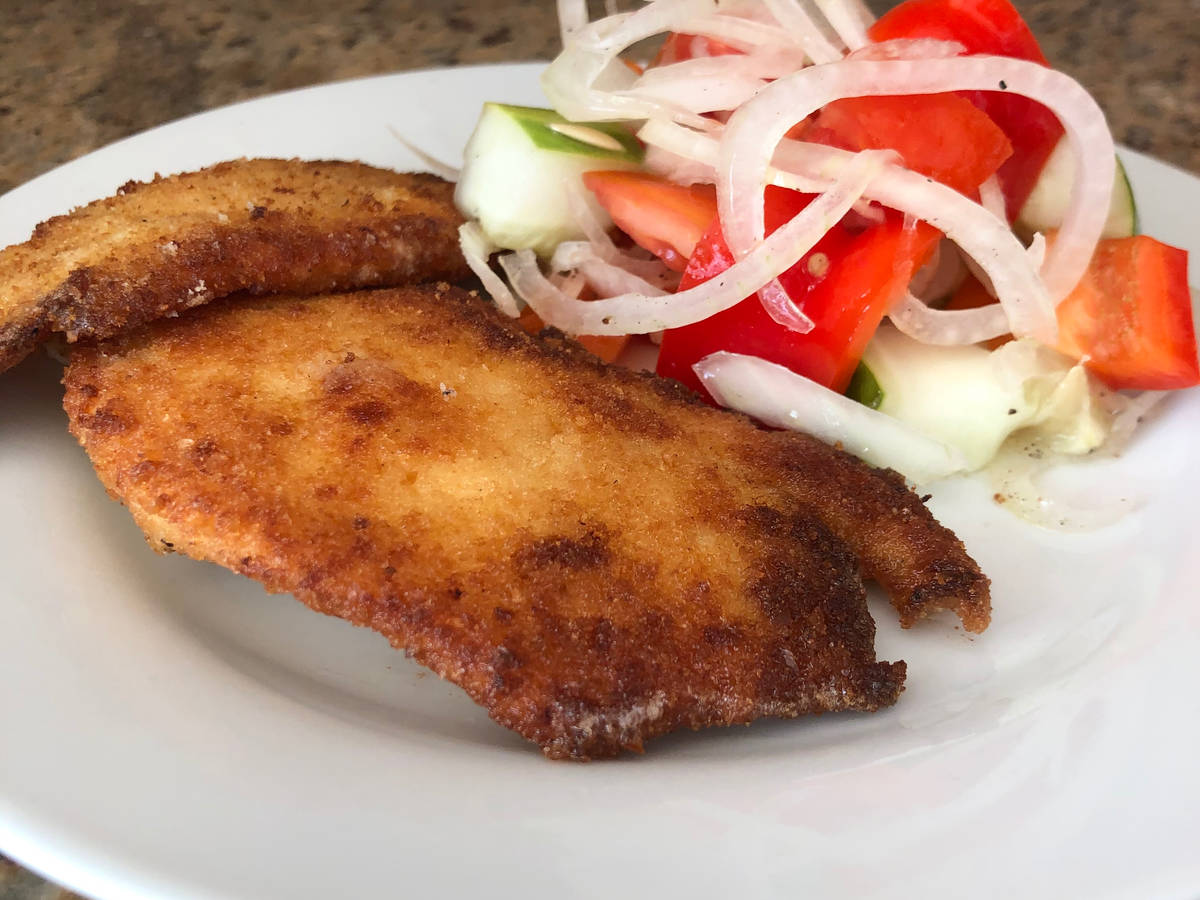 Pollo Apanado - Breaded Chicken