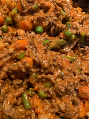 Rice with creamy tomato sauce with mince and veg