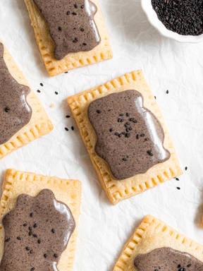Pop-Tarts mit schwarzem Sesam