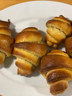 Portugiesische Croissants aus Briocheteig