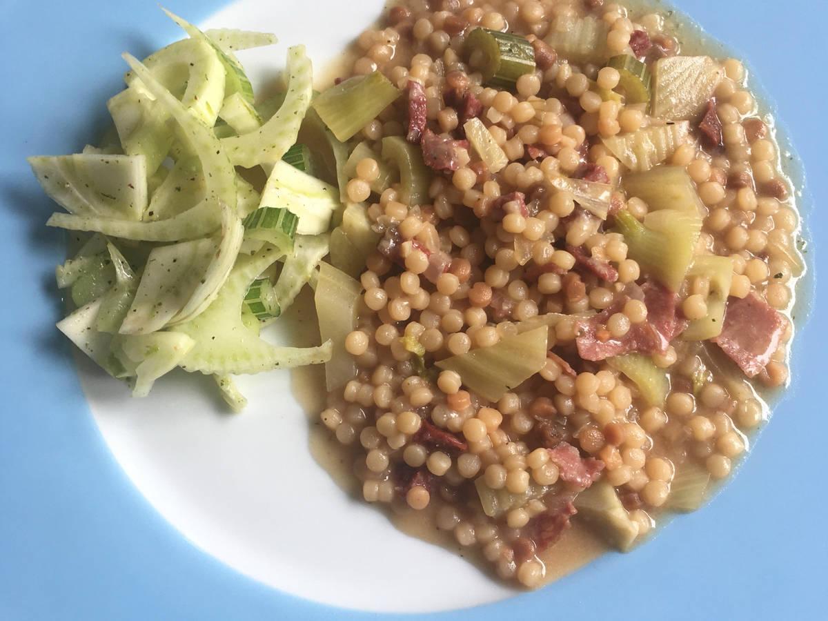 Fregola risottata mit Fenchelsalat