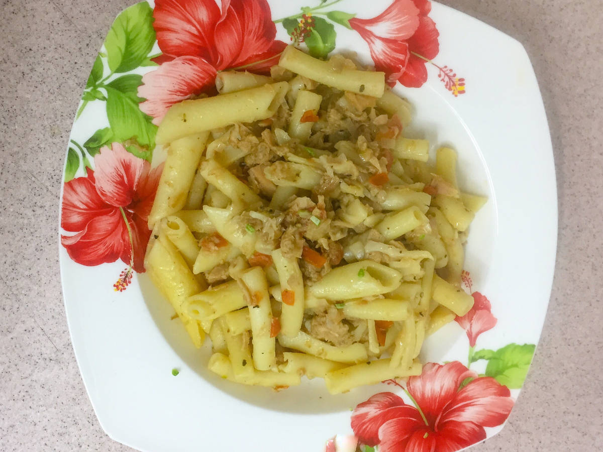 Canned tuna pasta