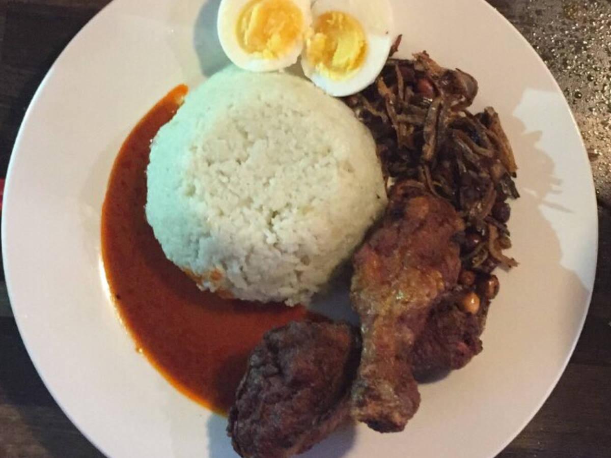 Nasi Lemak (Fatty Rice) (Malaysia's National Dish)