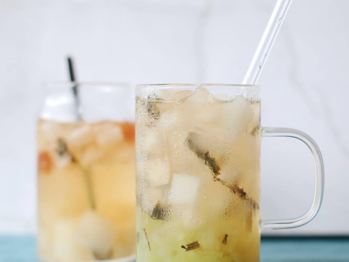 茉莉青提梨子茶