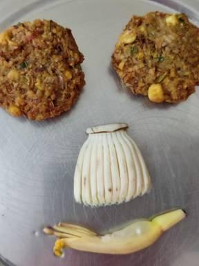 Vazhaipoo Vadai | Banana Blossom Fritters