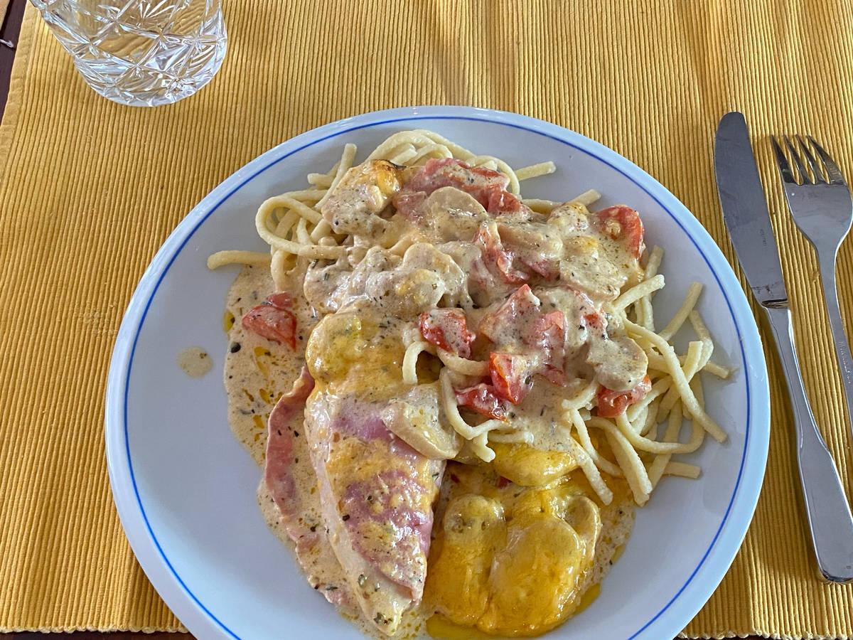 Schinken-Hähnchen in Bresso-Sauce