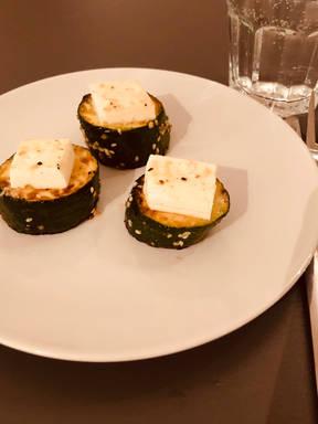 Zucchini-Feta-Taler