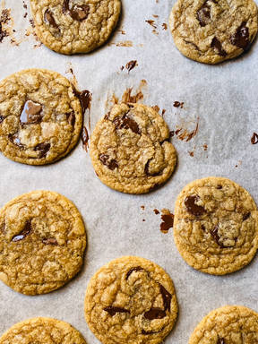 Chocolate pool chip cookie