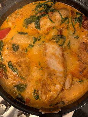 Tuscan Chicken with Sun-Dried Tomato Sauce