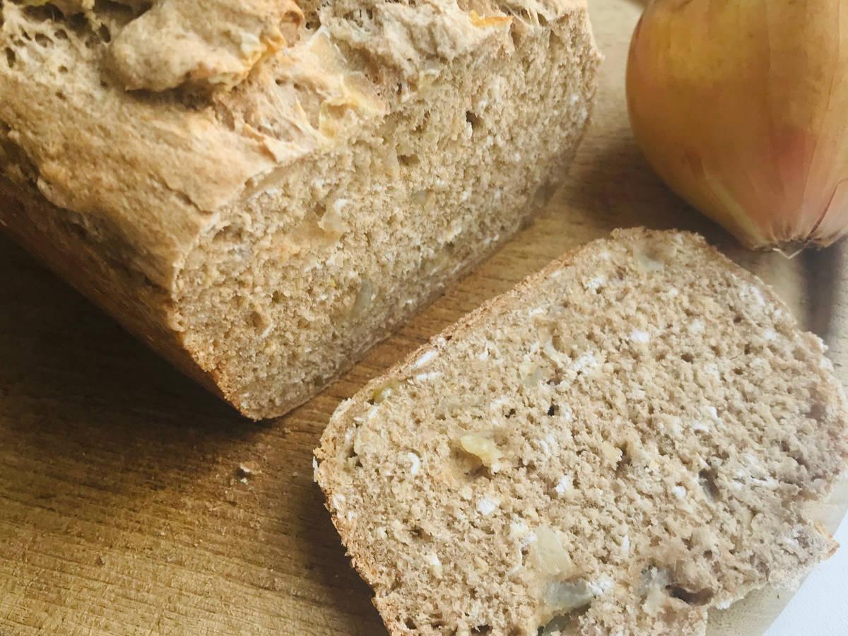 Apfel-Zwiebel-Brot