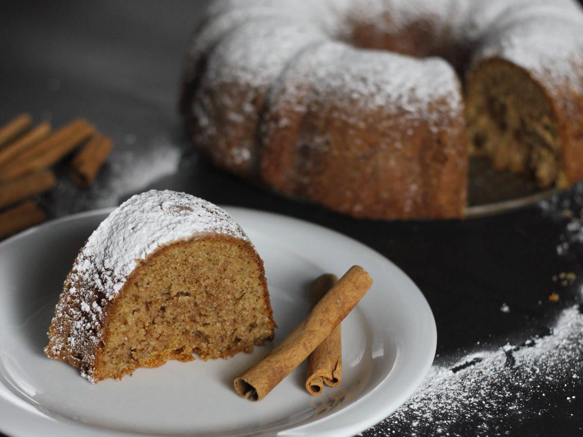 Best Cinnamon bundt cake