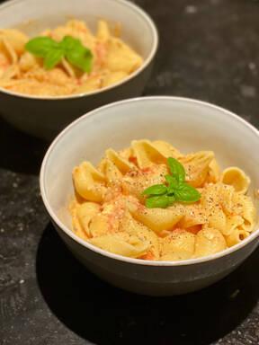 Tomato and Feta Pasta