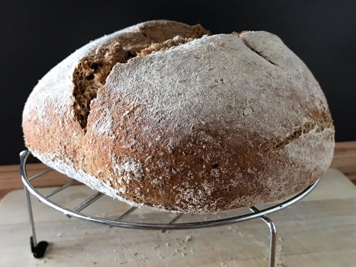 Brot backen mit Dinkelvollkornmehl