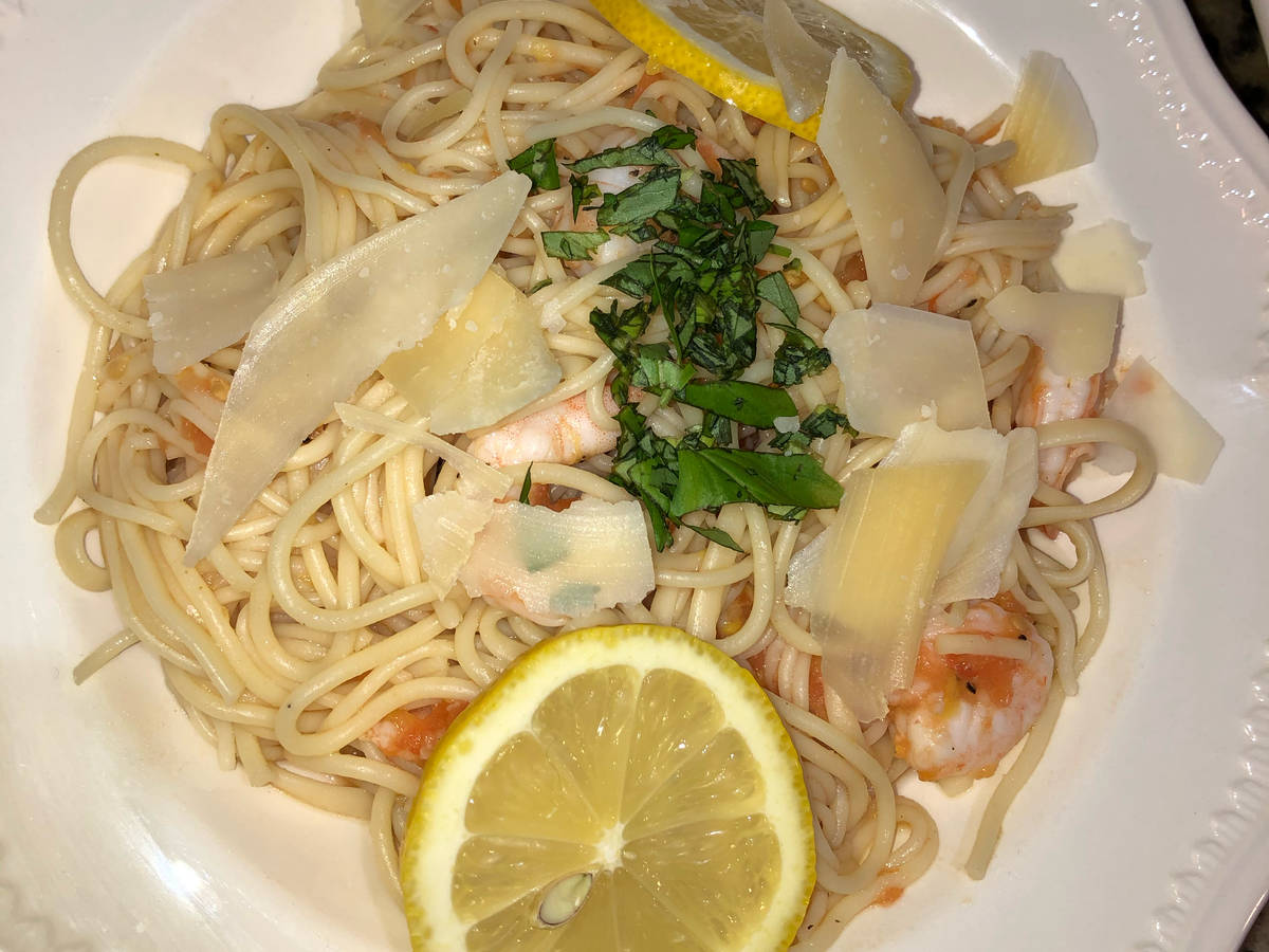 Summer shrimp linguine