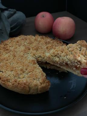 My Super Easy Apple Crumble Pie