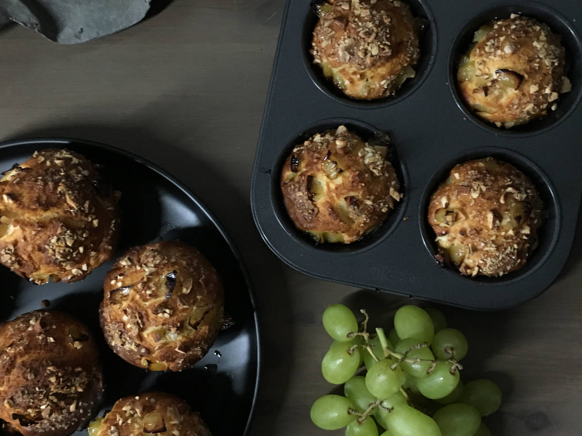 Grapes muffins