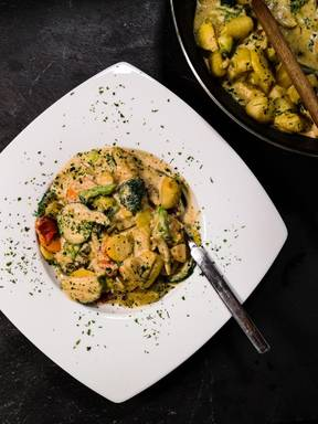Gnocchi in Gemüserahmsauce (vegan)