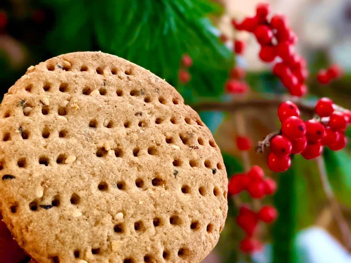 Ka'ak El Eid ( Holiday cookies)