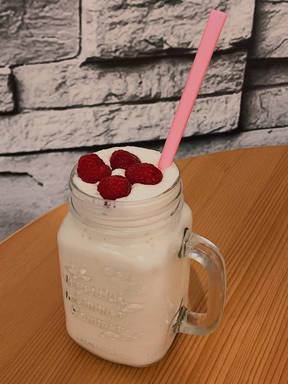 Einfacher Vanille-Proteinshake (Smoothie)