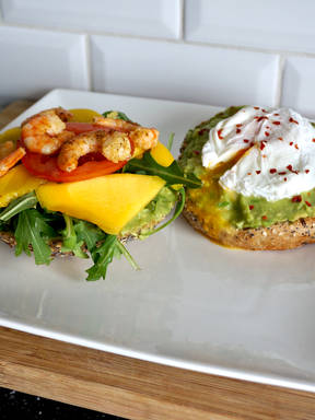 Sandwich duet: poached egg and mango with shrimps