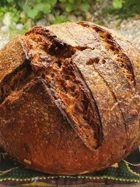 Roggen-Sauerteig Brot