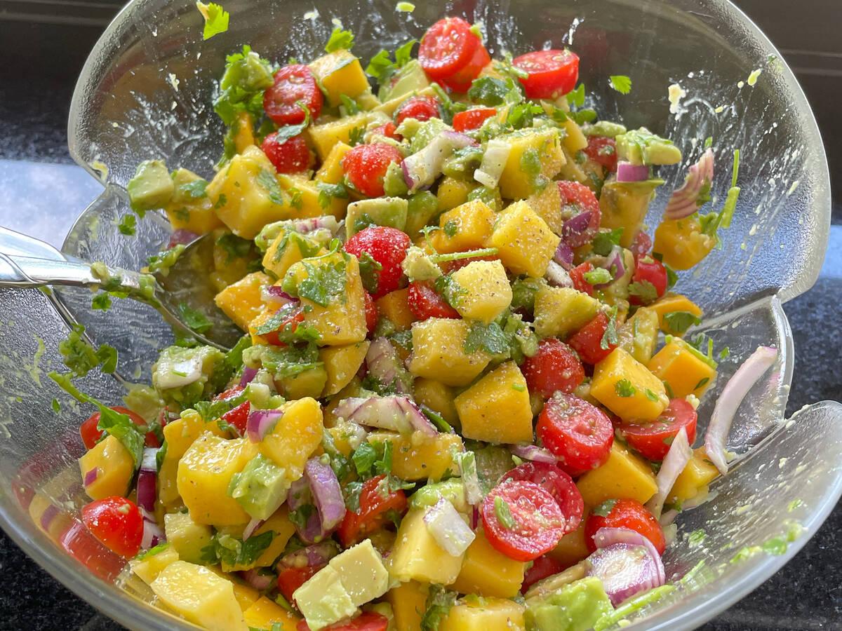 Mango-Avocado-Salat