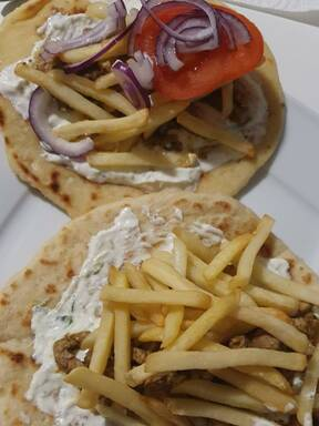 Hausgemachte griechische Pitas