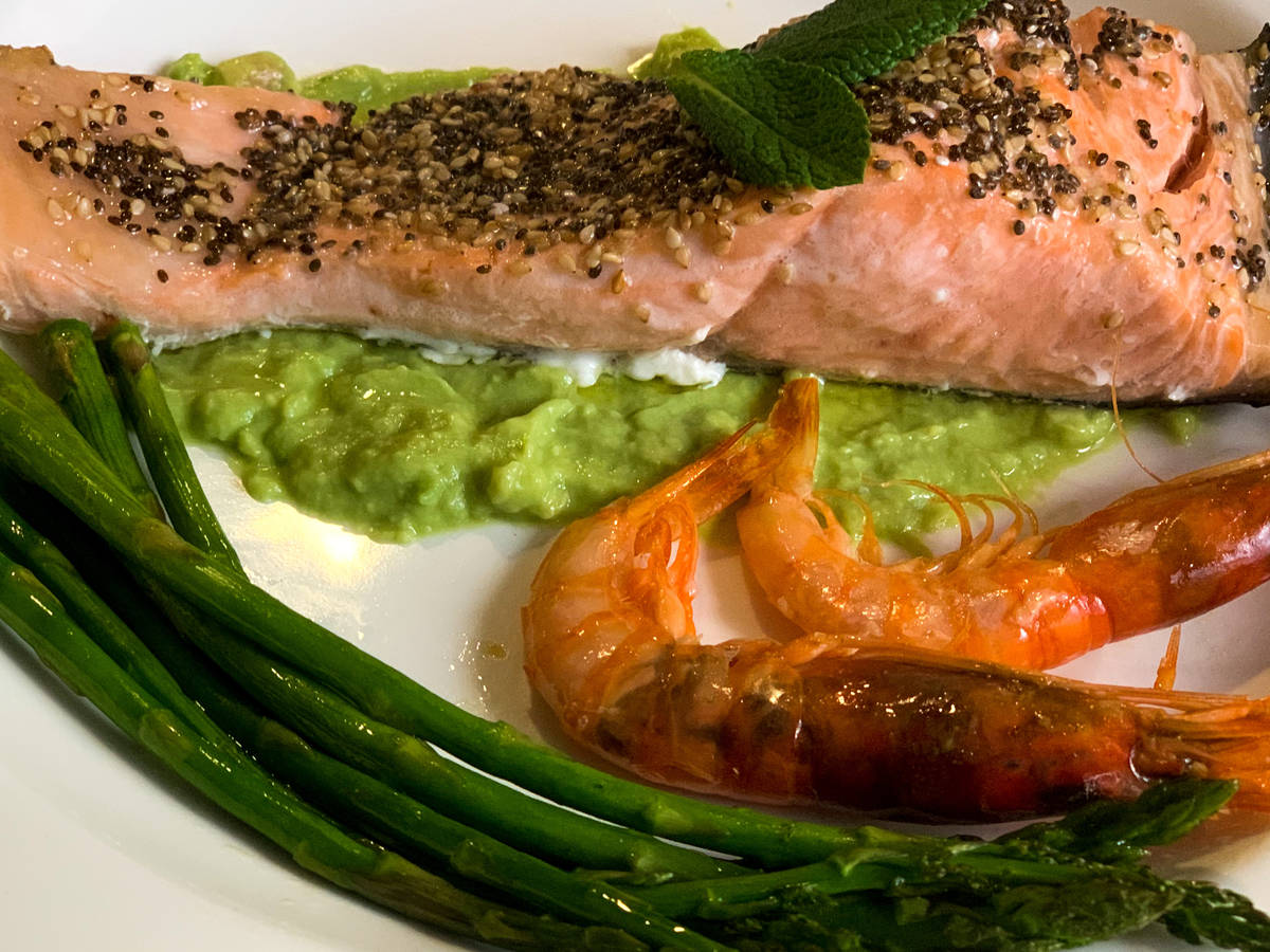 Easy sesame salmon based with avocado cream
