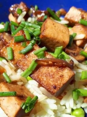 Ersbsenreis mit Tofu
